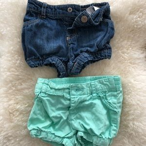 Set of two baby girls Old Navy shorts